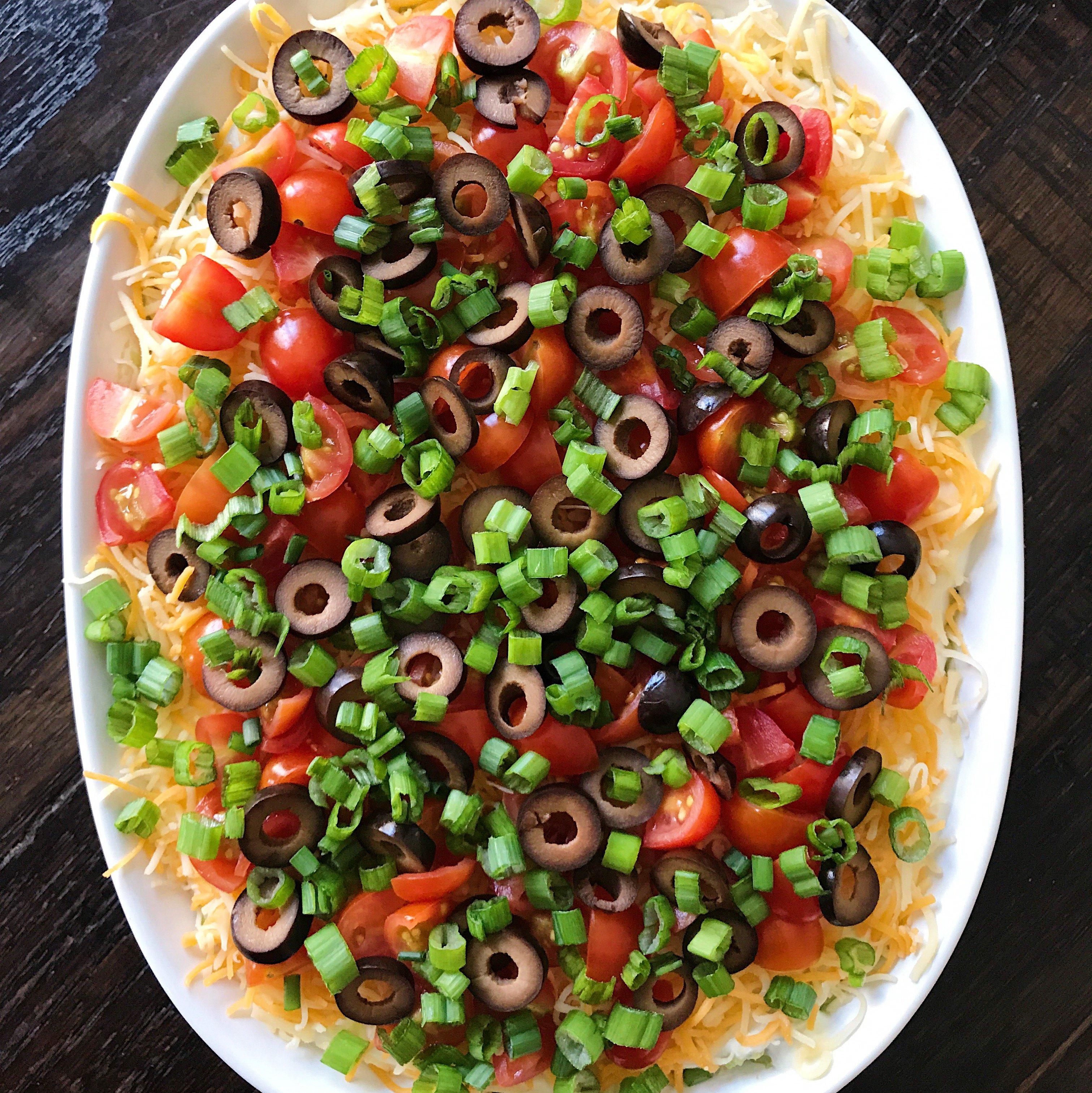 Mexican 7 layer dip gluten free #glutenfreerecipes www.healthygffamily.com