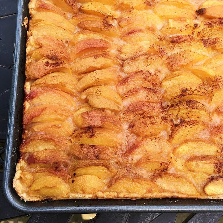 Gluten Free Dutch Peach Cake #glutenfree #glutenfreerecipes www.healthygffamily.com