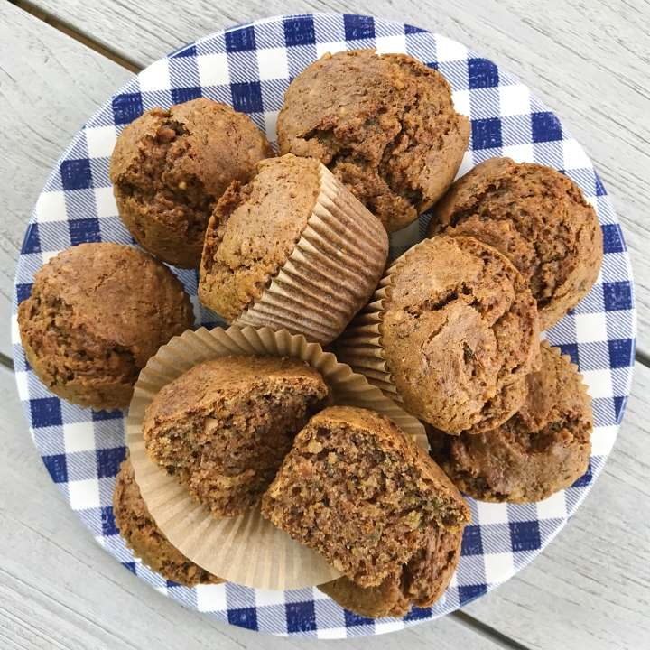gluten-free zucchini muffins #glutenfreerecipes www.healthygffamily.com
