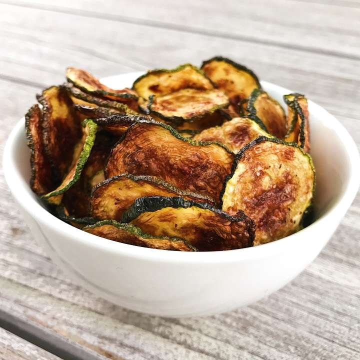 zucchini chips gluten free recipes zucchini #glutenfree #glutenfreerecipes healthygffamily.com
