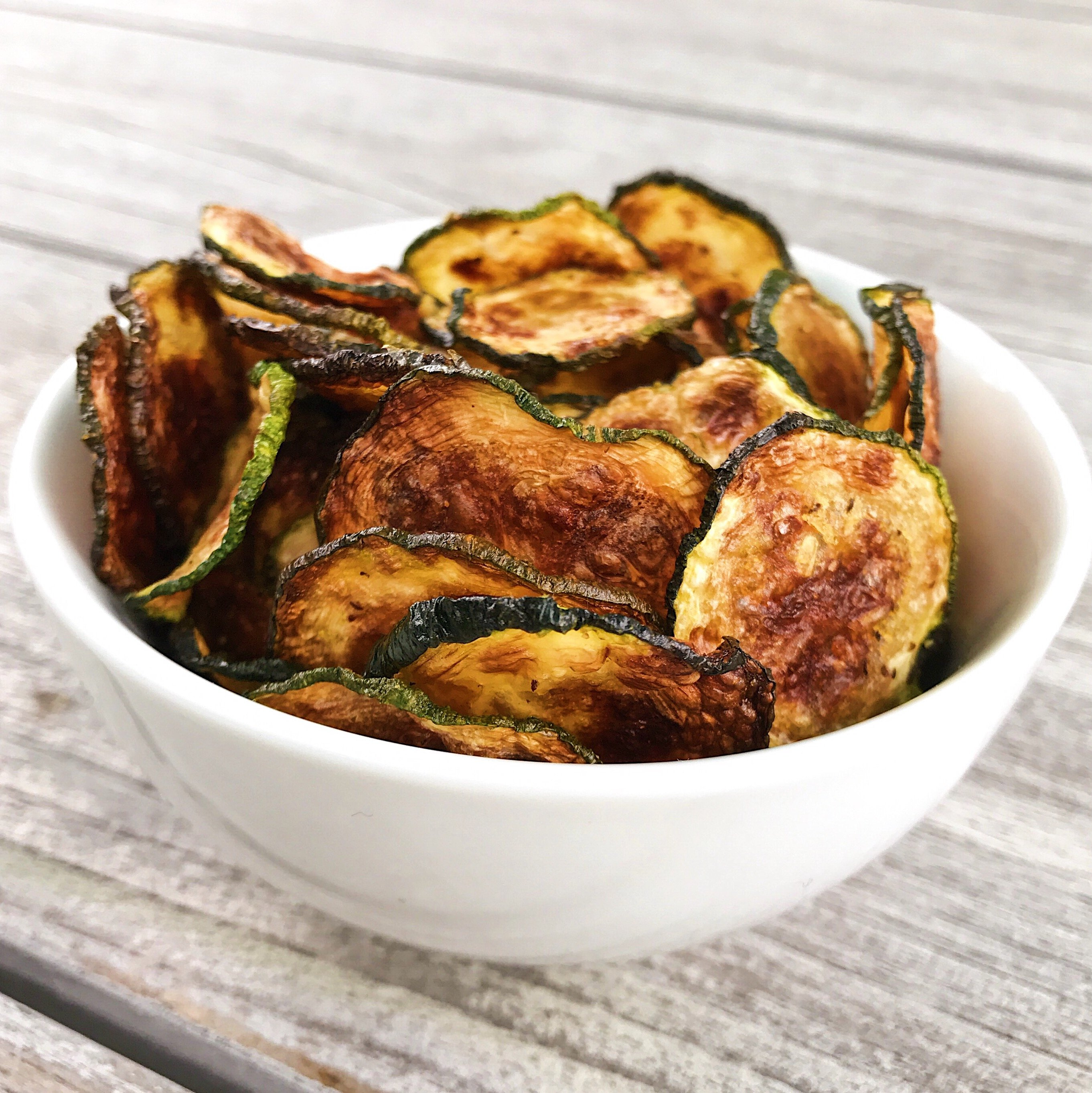zucchini chips gluten free recipes zucchini #glutenfree #glutenfreerecipes healthygffamily.com