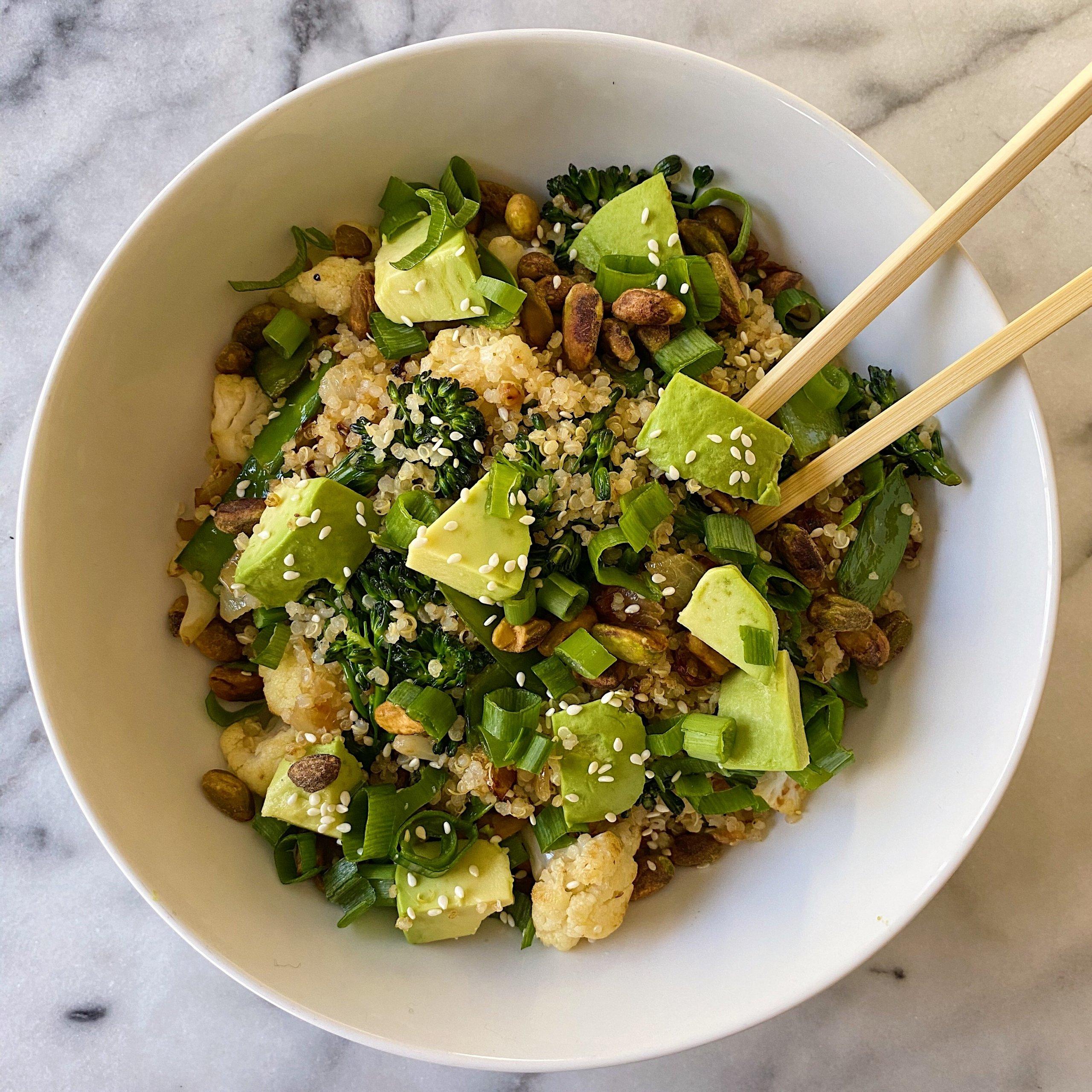 Veggie Quinoa Stir Fry gluten free #glutenfreerecipes www.healthygffamily.com