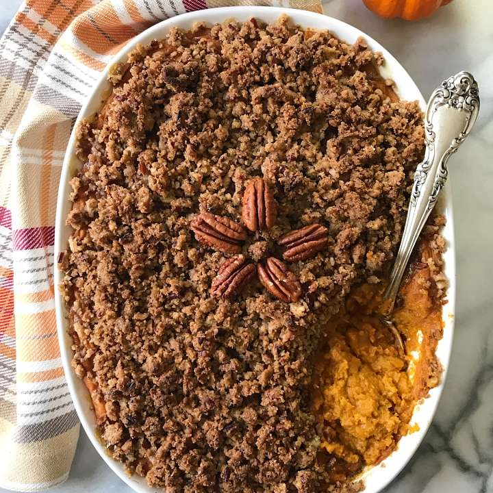 gluten free sweet potato casserole with pecan crumble #glutenfreerecipes www.healthygffamily.com