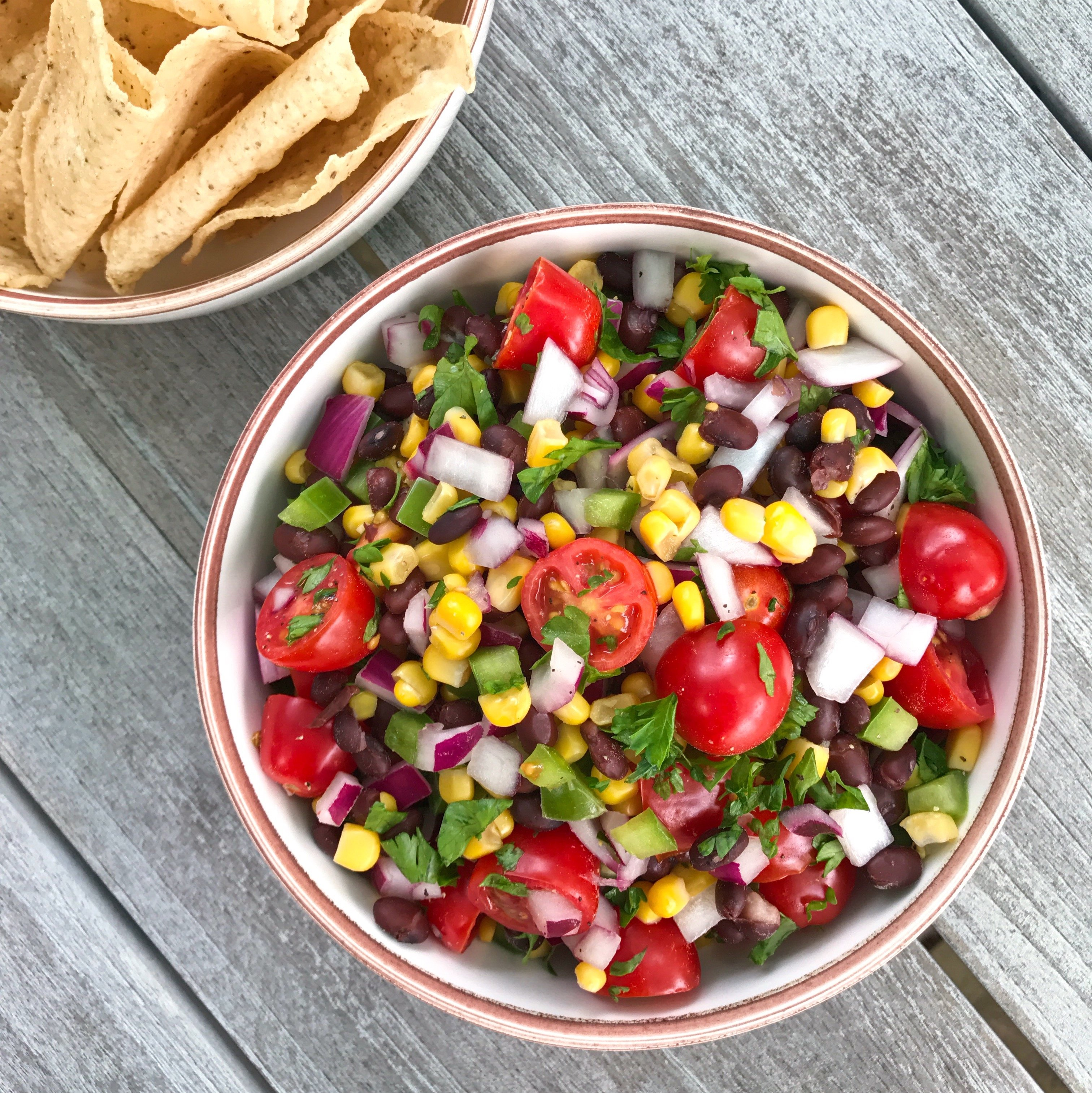 bLack bean salsa gluten free #glutenfreerecipes www.healthygffamily.com