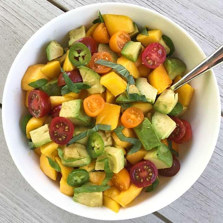 Tropical Mango Salad gluten free #glutenfreerecipes www.healthygffamily.com