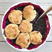 Gluten-Free Vegan Blueberry Cobbler #glutenfree #glutenfreerecipes www.healthygffamily.com