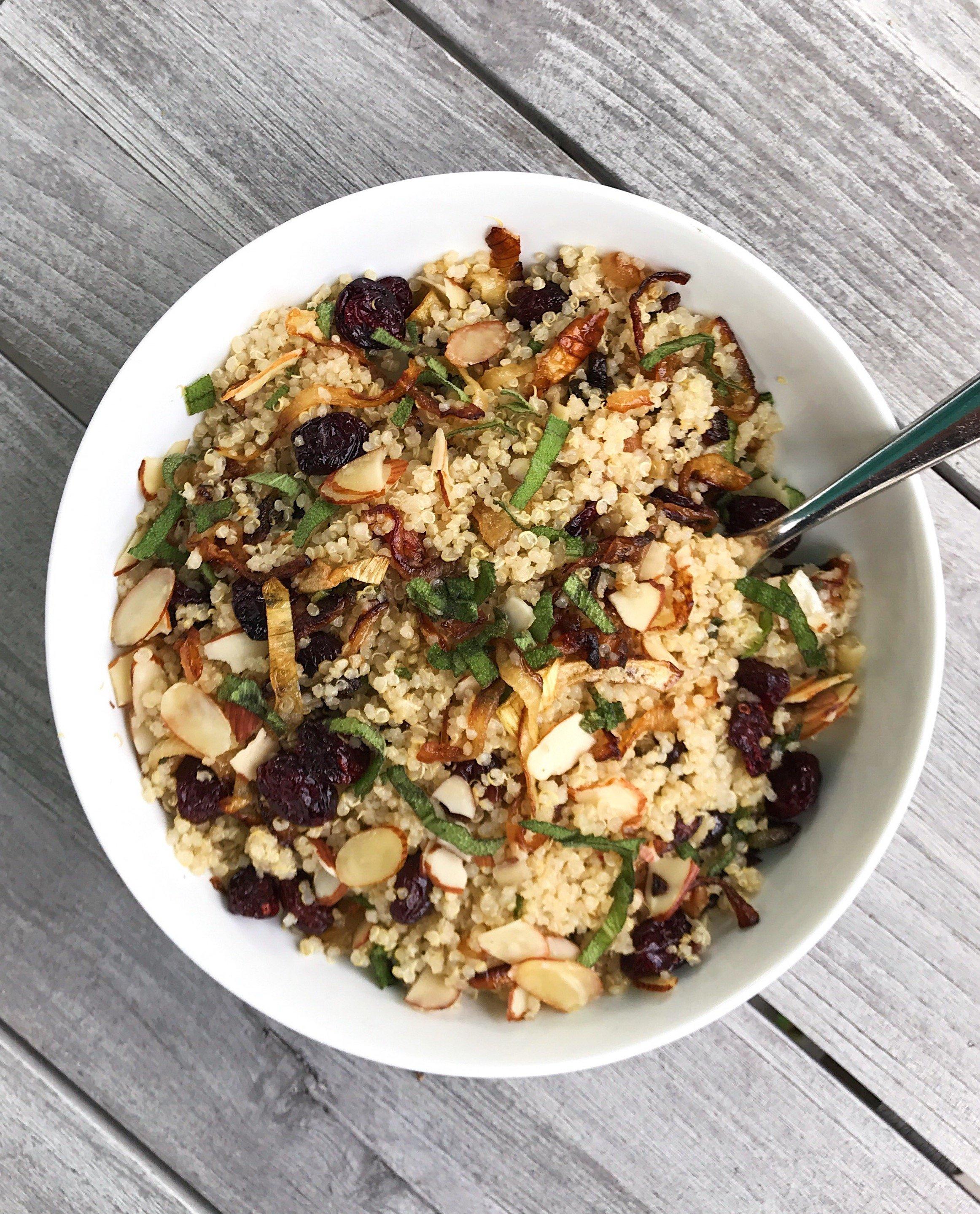 Gluten-Free Fall Quinoa Salad #glutenfree #glutenfreerecipes www.healthygffamily
