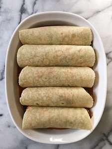 gluten free sweet potato and black bean enchiladas #glutenfree #glutenfreerecipes www.healthygffamily.com