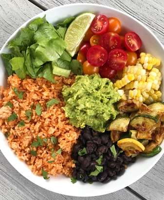Veggie Burrito Bowl with Mexican Rice #glutenFree #vegetarian #glutenfreerecipes #glutenfreemeals www.healthygffamily.com
