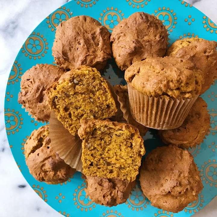 gluten free pumpkin muffins #glutenfree #glutenfreerecipese www.healtygffamily.com
