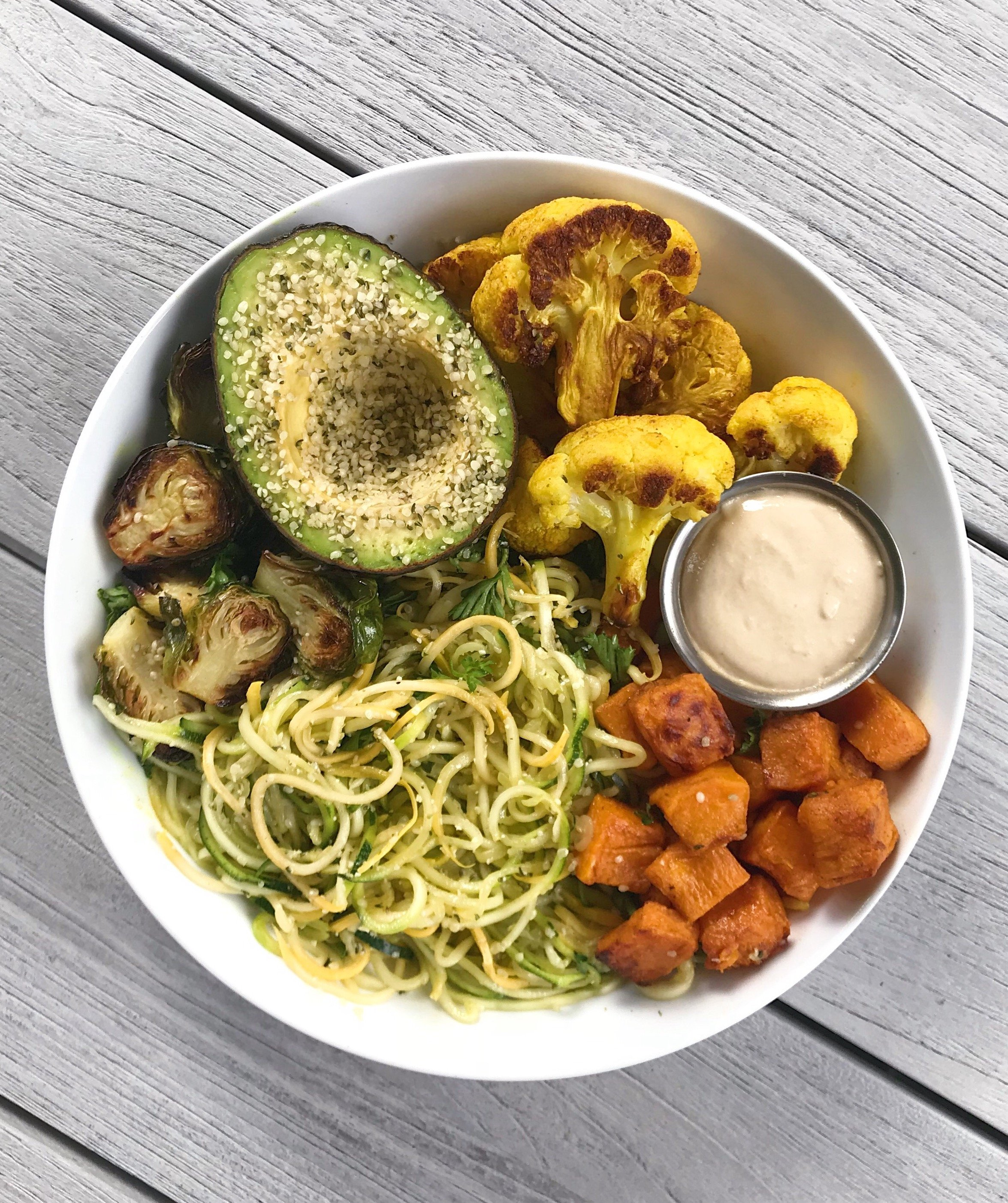 Garlicky Lemon Zoodles roasted veggies tahini sauce#glutenfree #glutenfreerecipes www.healthygffamily.com
