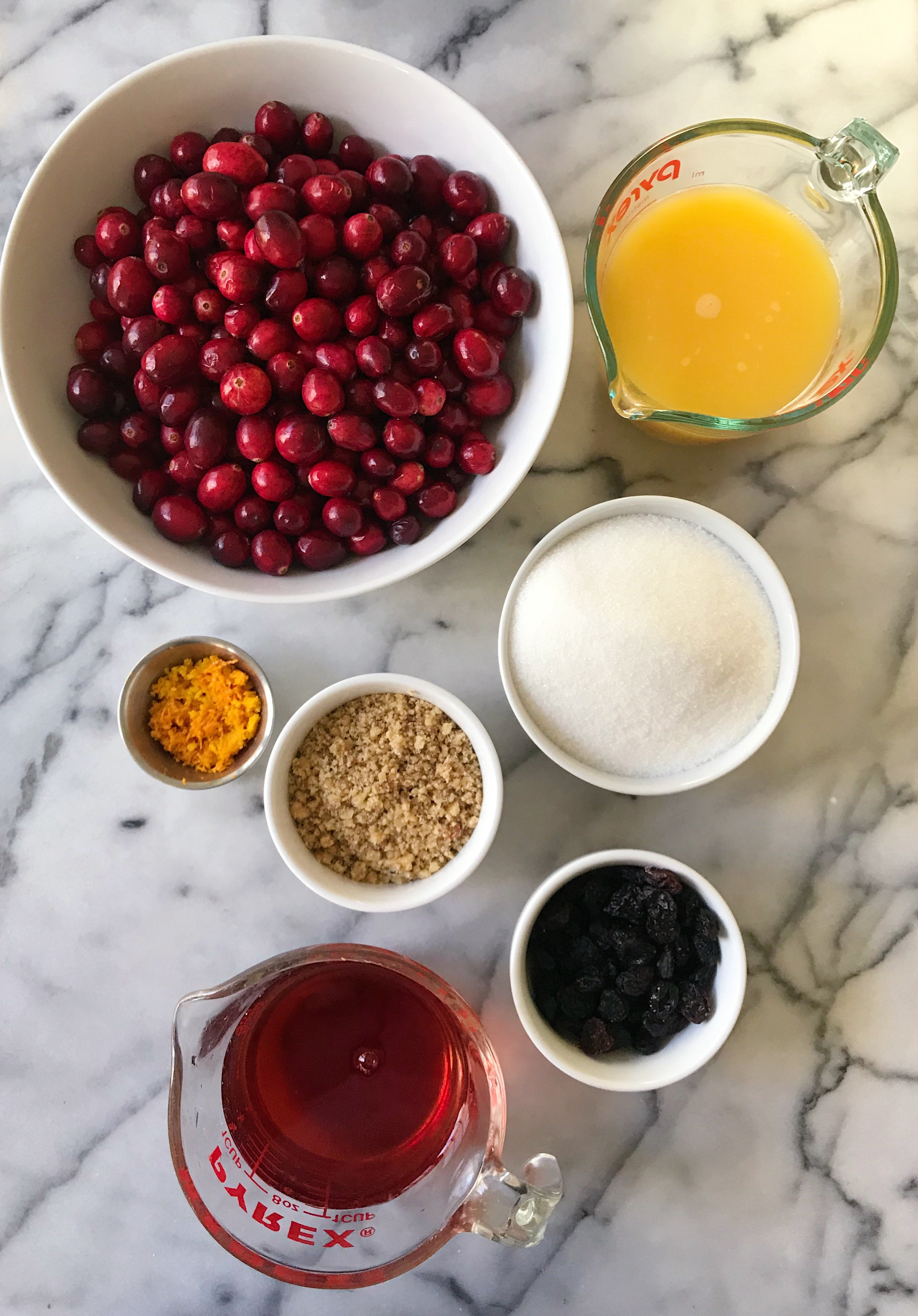 homemade cranberry sauce with orange zest gluten-free #glutenfreerecipes www.healthygffamily.com