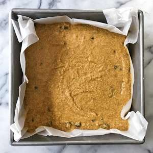 fudgy gluten free pumpkin chocolate chip blondies #glutenfree #glutenfreerecipes www.healthygffamily.com