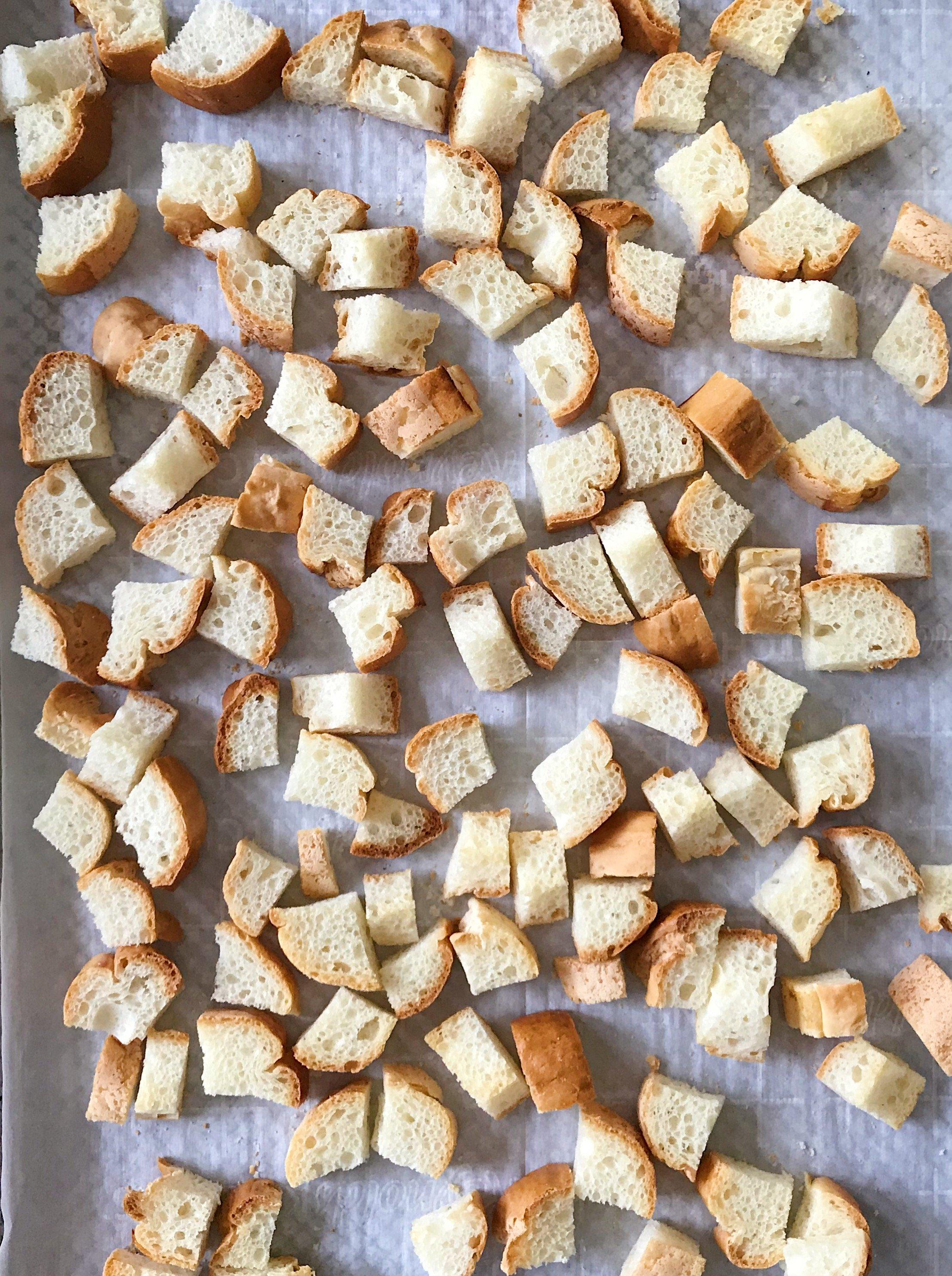 gluten free stuffing #glutenfree #glutenfreerecipes www.healthygffamily.com