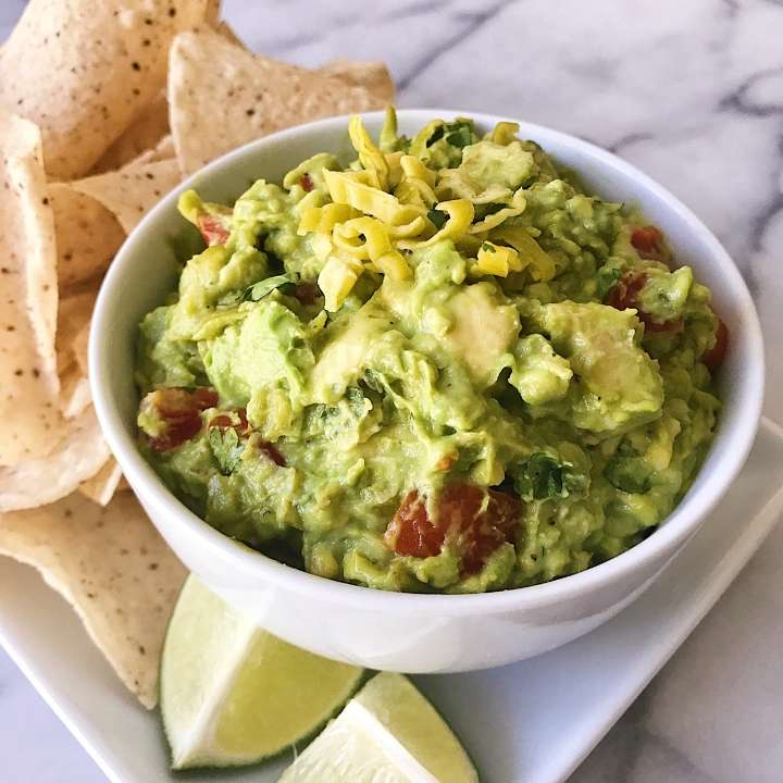 Best Ever Guacamole #glutenfree #glutenfreerecipes www.healthygffamily.com