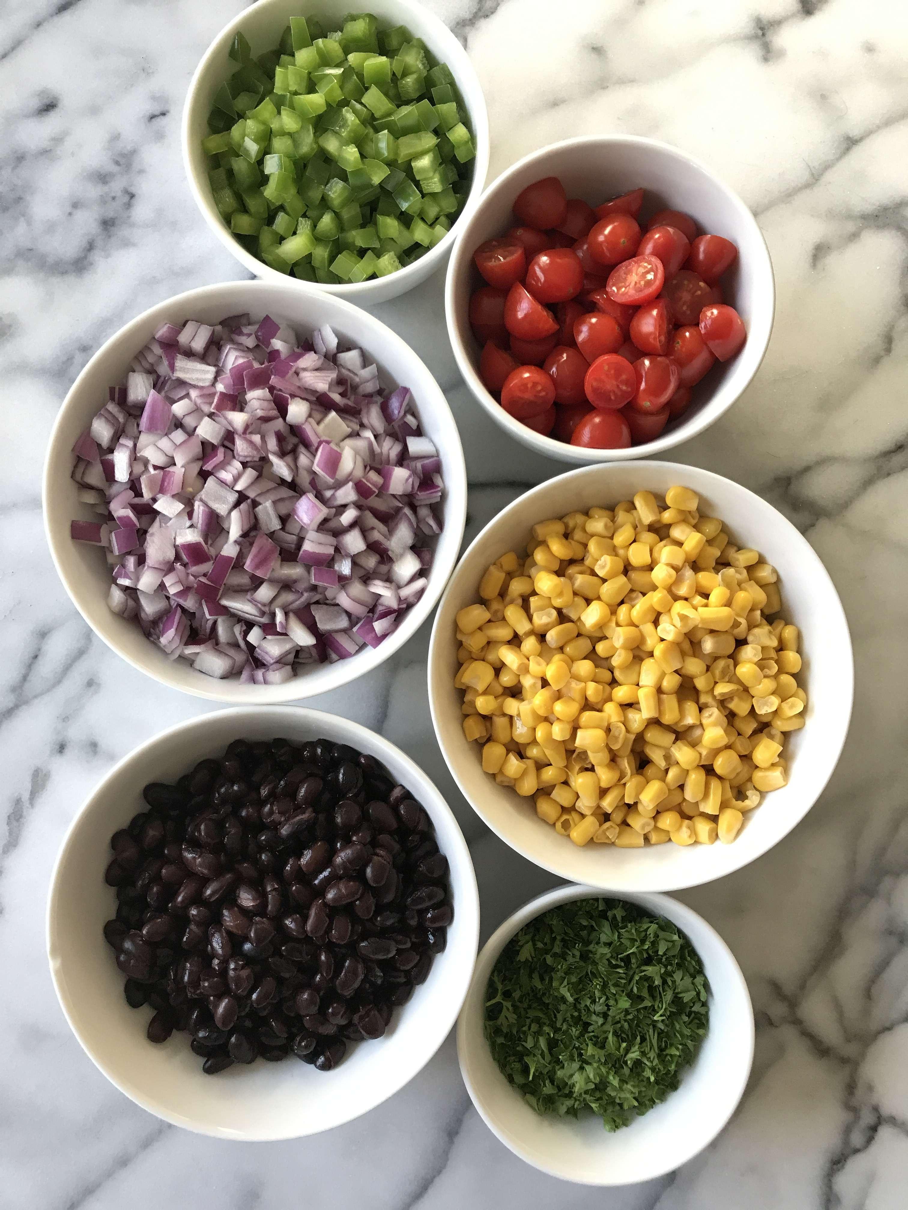 black bean veggie quinoa salad gluten free #glutenfreerecipes www.healthygffamily.com