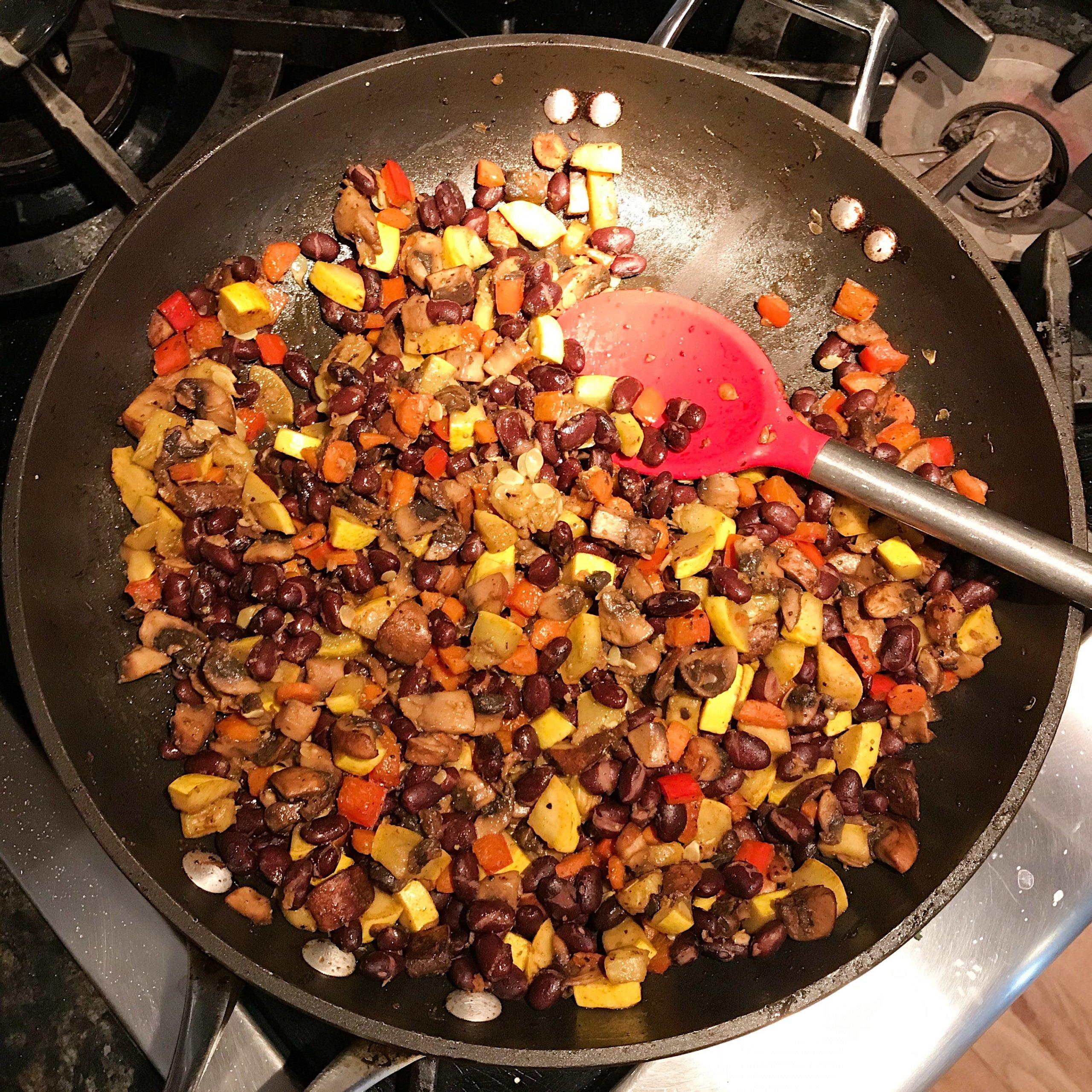 Mexican stuffed sweet potatoes gluten-free vegetarian grain-free #glutenfreerecipes www.healthygffamily.com