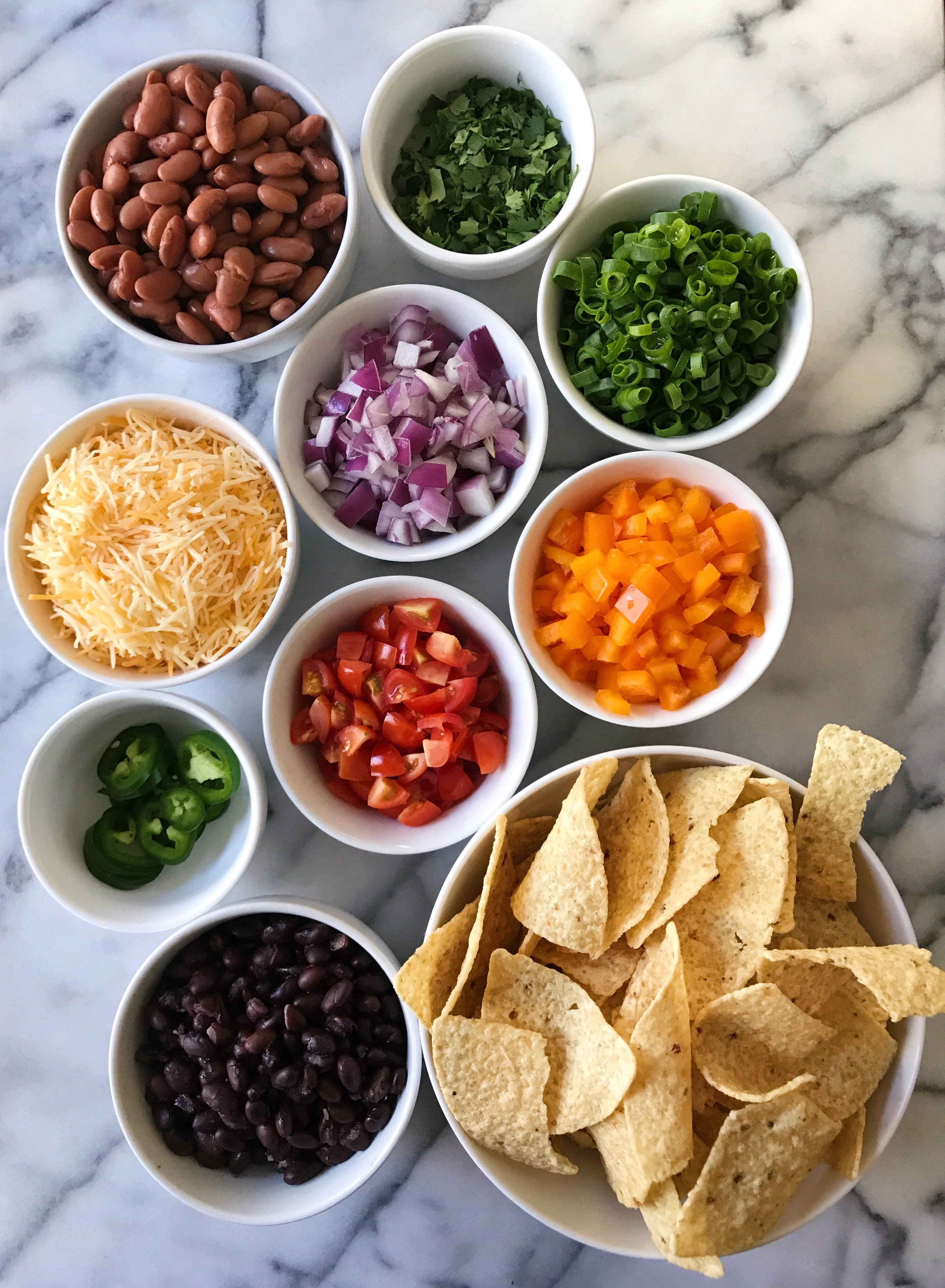 ultimate 2 bean veggie skillet nachos gluten free #glutenfreecipes www.healthygffamily.com