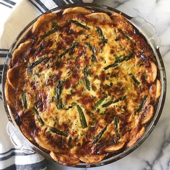 Asparagus Leek Quiche gluten free #glutenfreerecipes www.healthygffamily.com