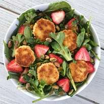 strawberry salad goat cheese croutons gluten free #glutenfreerecipes www.healthygffamily.com