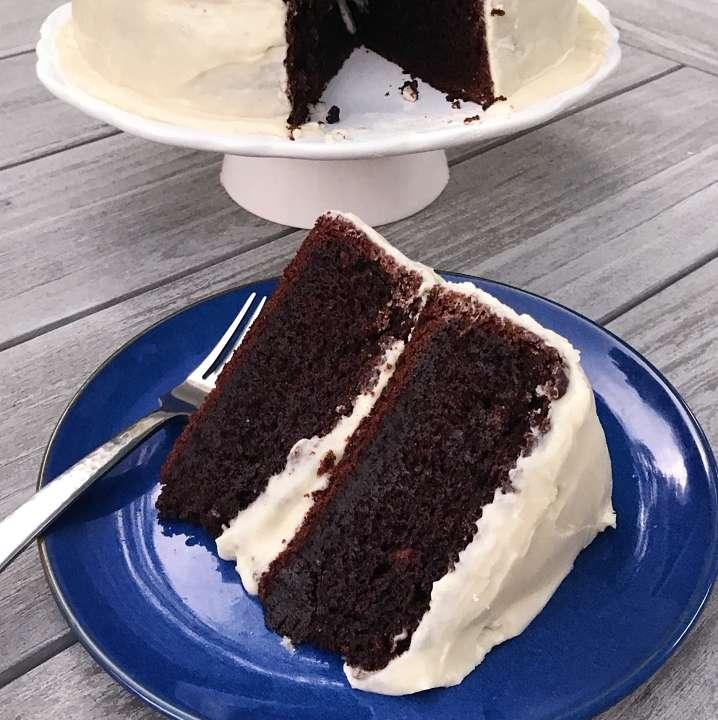 gluten free chocolate cake #glutenfree #glutenfreerecipes healthygffamily.com