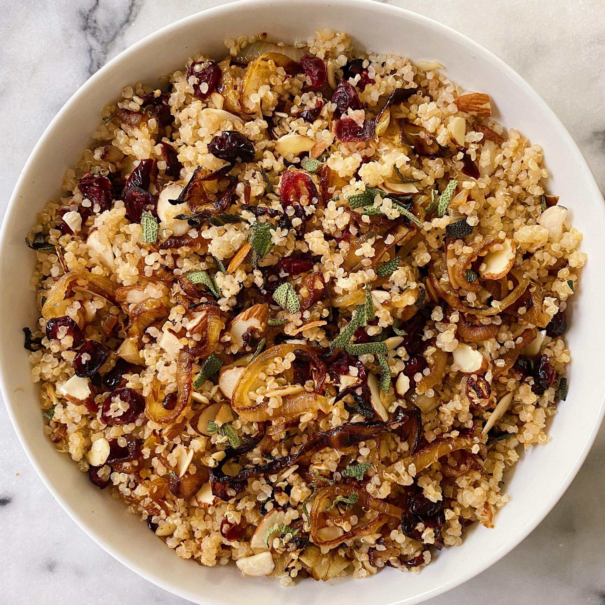 Gluten-Free Fall Quinoa Salad #glutenfree #glutenfreerecipes www.healthygffamily.com