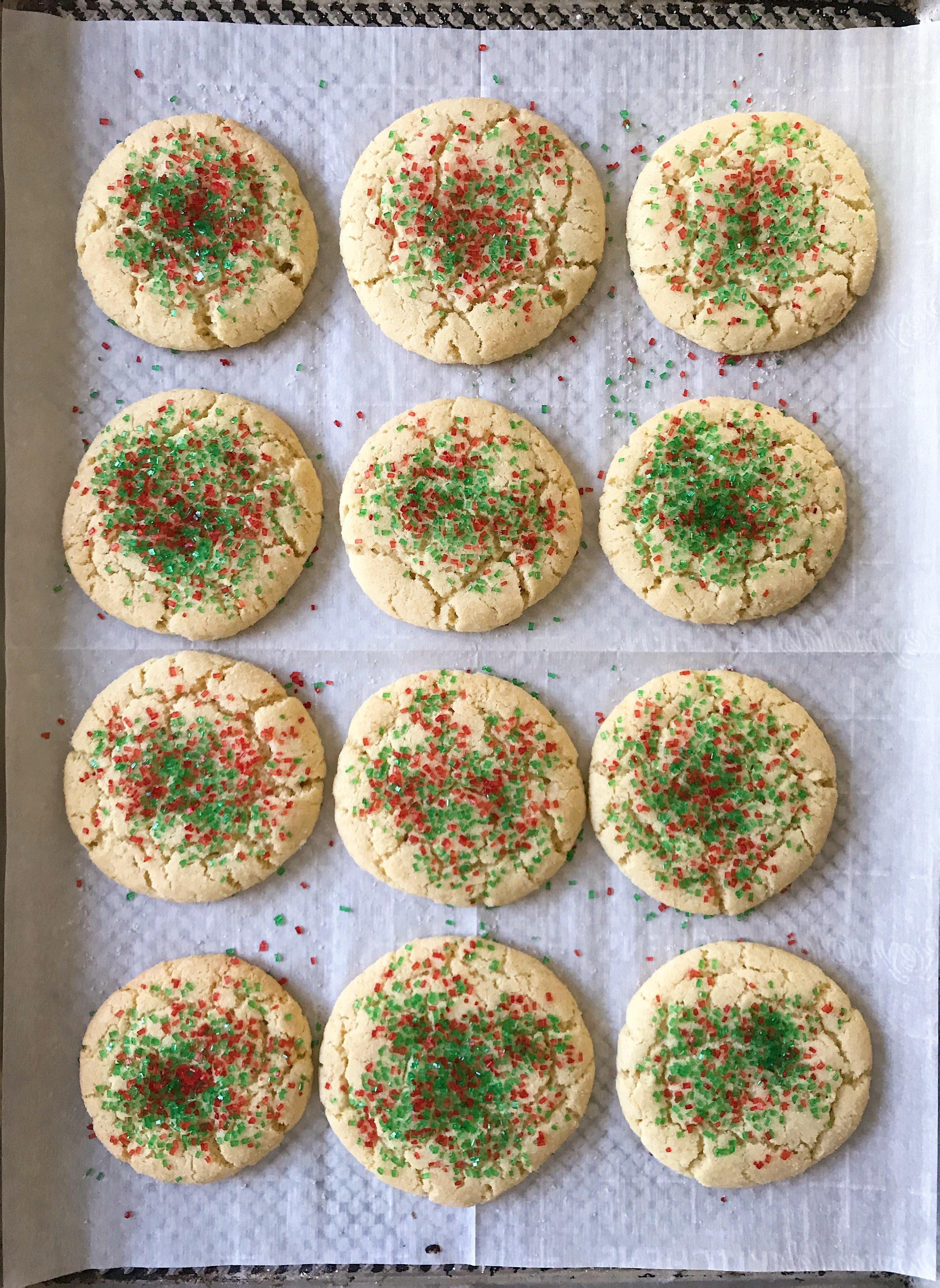 gluten free sugar cookies #glutenfreerecipes www.healthygffamily.com
