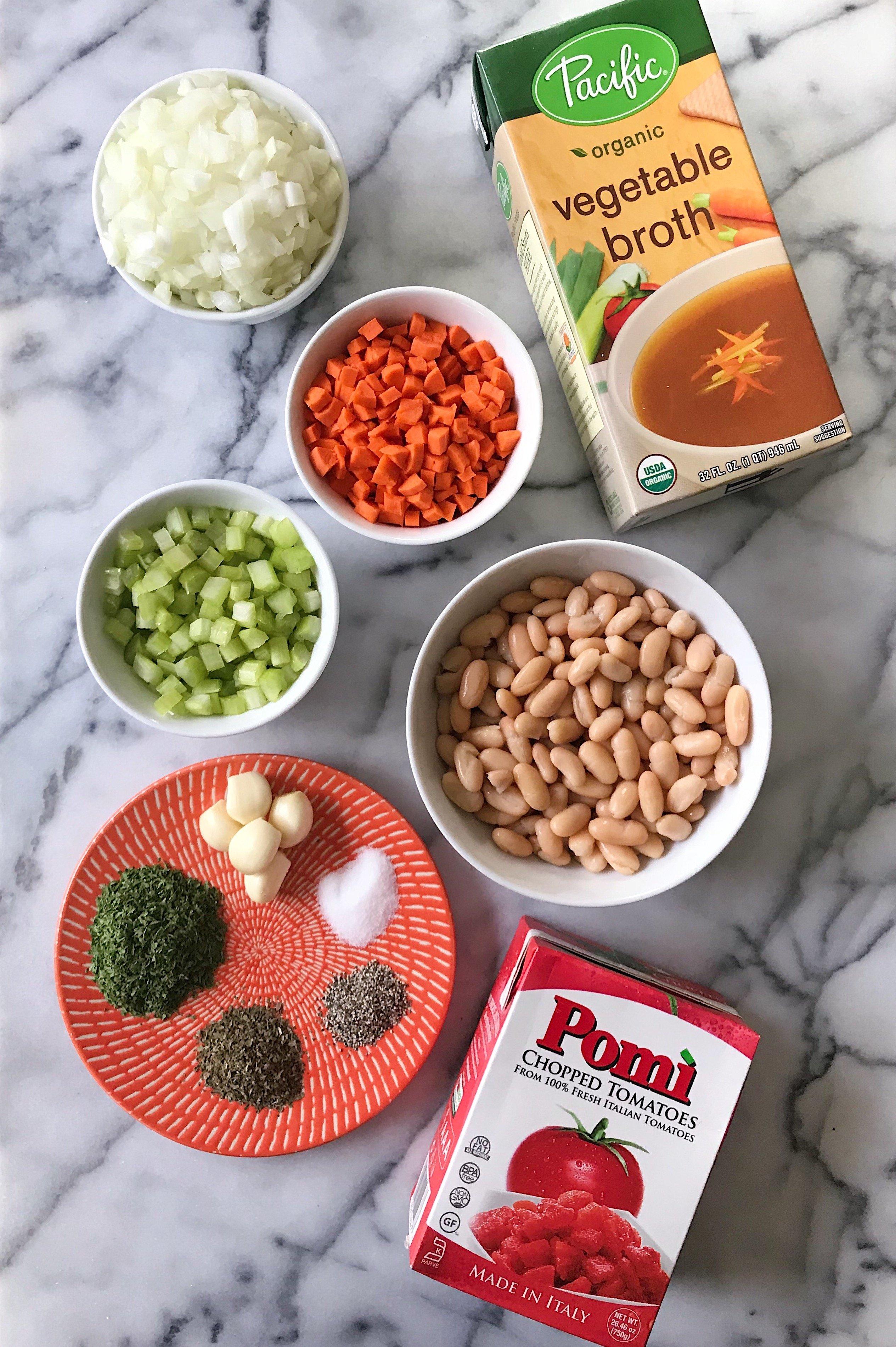 gluten free pasta fagioli soup #glutenfreerecipes www.healthygffamily.com