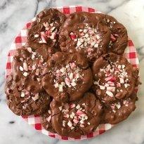 flourless chocolate candy cane cookies gluten free #glutenfreerecipes www.healthygffamily.com