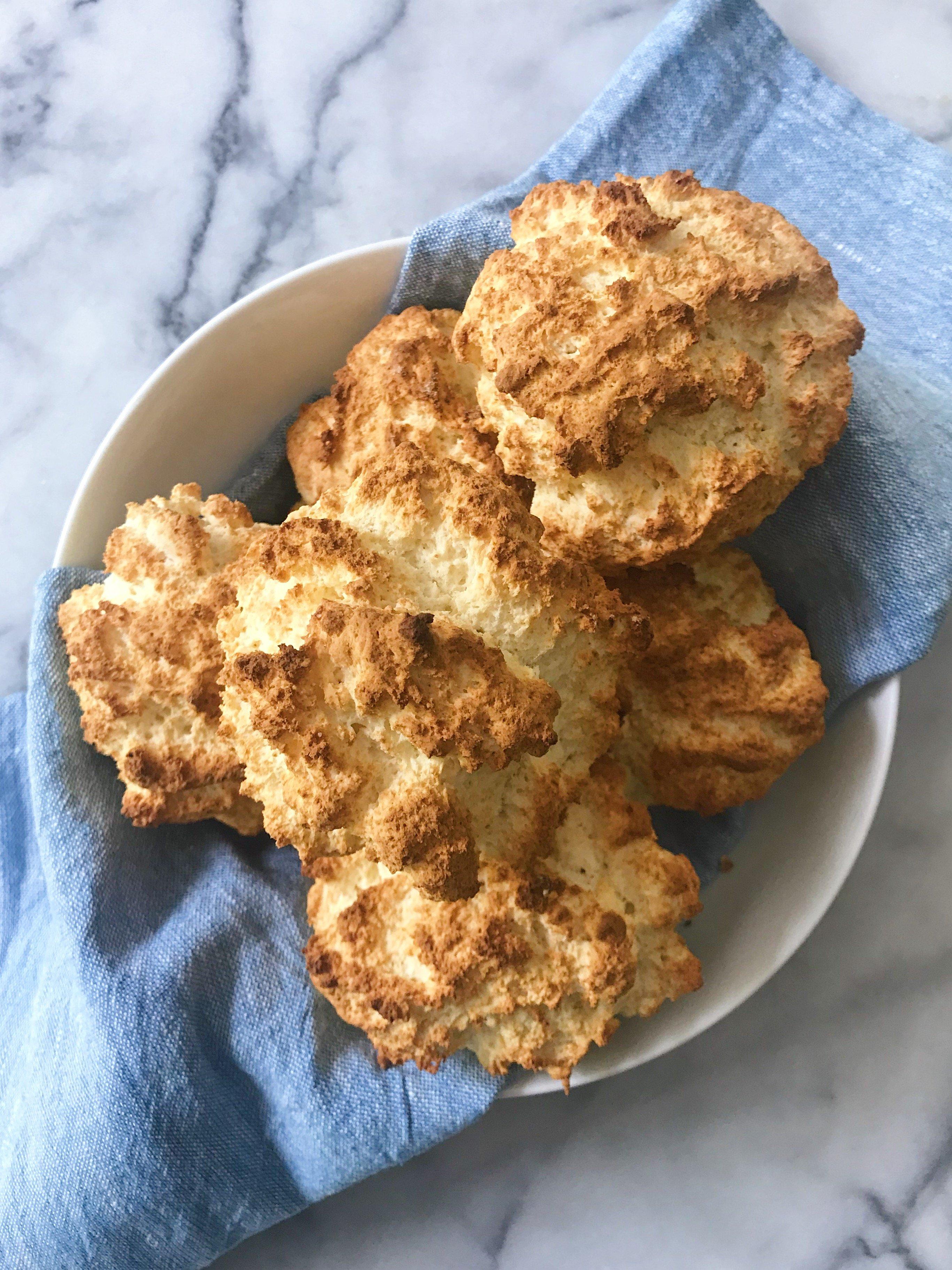 Easy gluten free biscuit #glutenfree #glutenfreerecipes www.healthygffamily.com