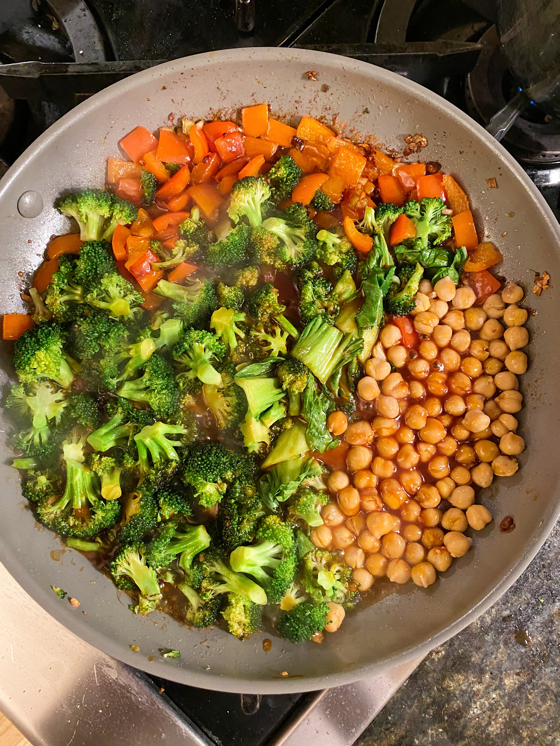 General Tso's Chickpeas & Veggies #glutenfreerecipes www.healthygffamily.com