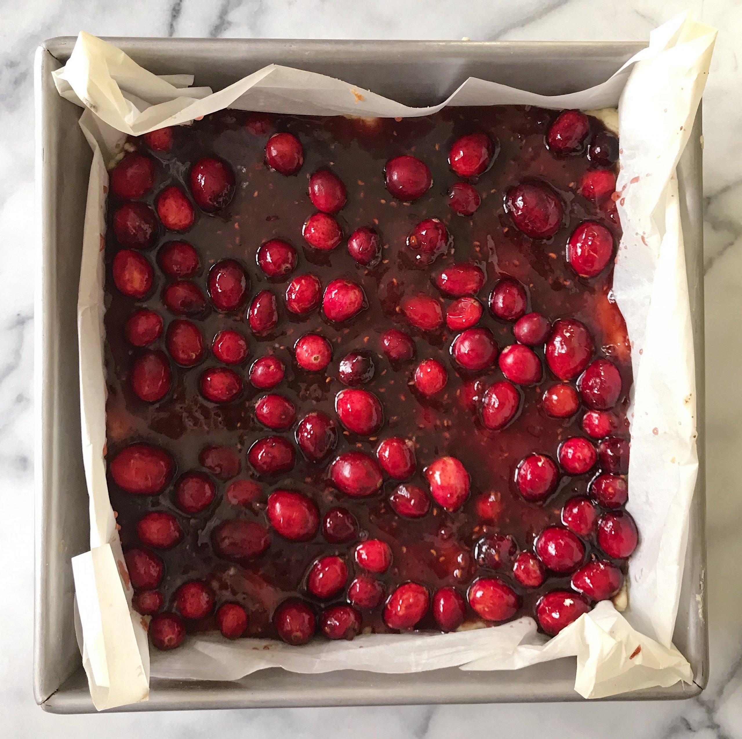 Cranberry Crumble Bars gluten free christmas cookies #glutenfreerecipes www.healthygffamily.com