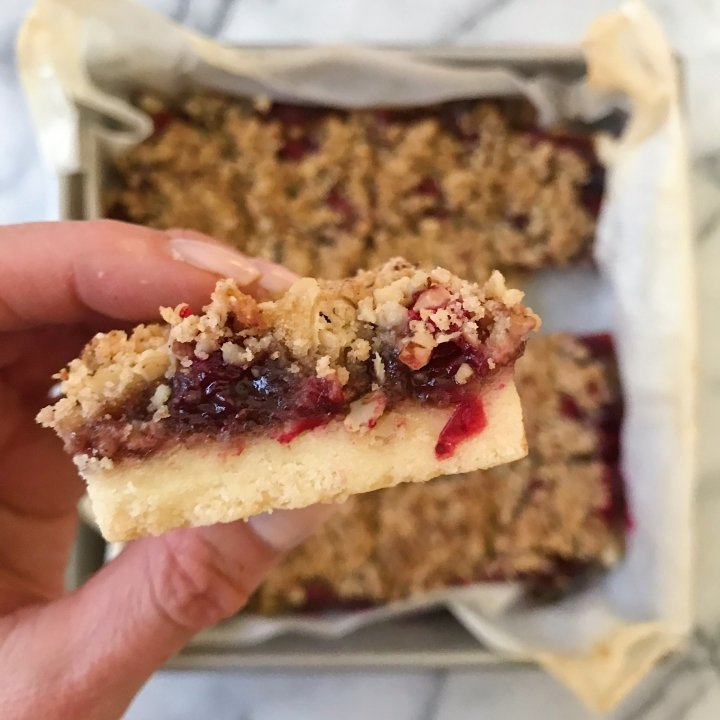 Cranberry Crumble Bars gluten free christmas cookies #glutenfreerecipes www.healthygffamily.com