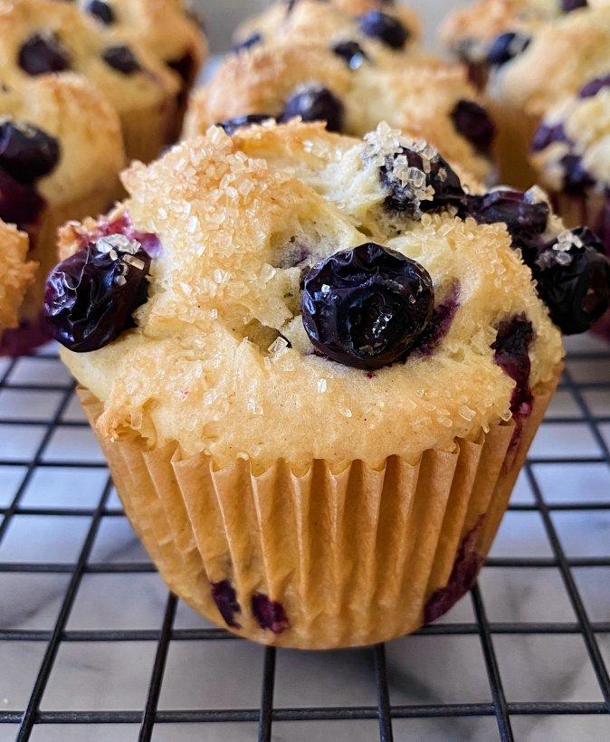 Best gluten free blueberry muffins #glutenfreerecipes www.healthygffamily.com