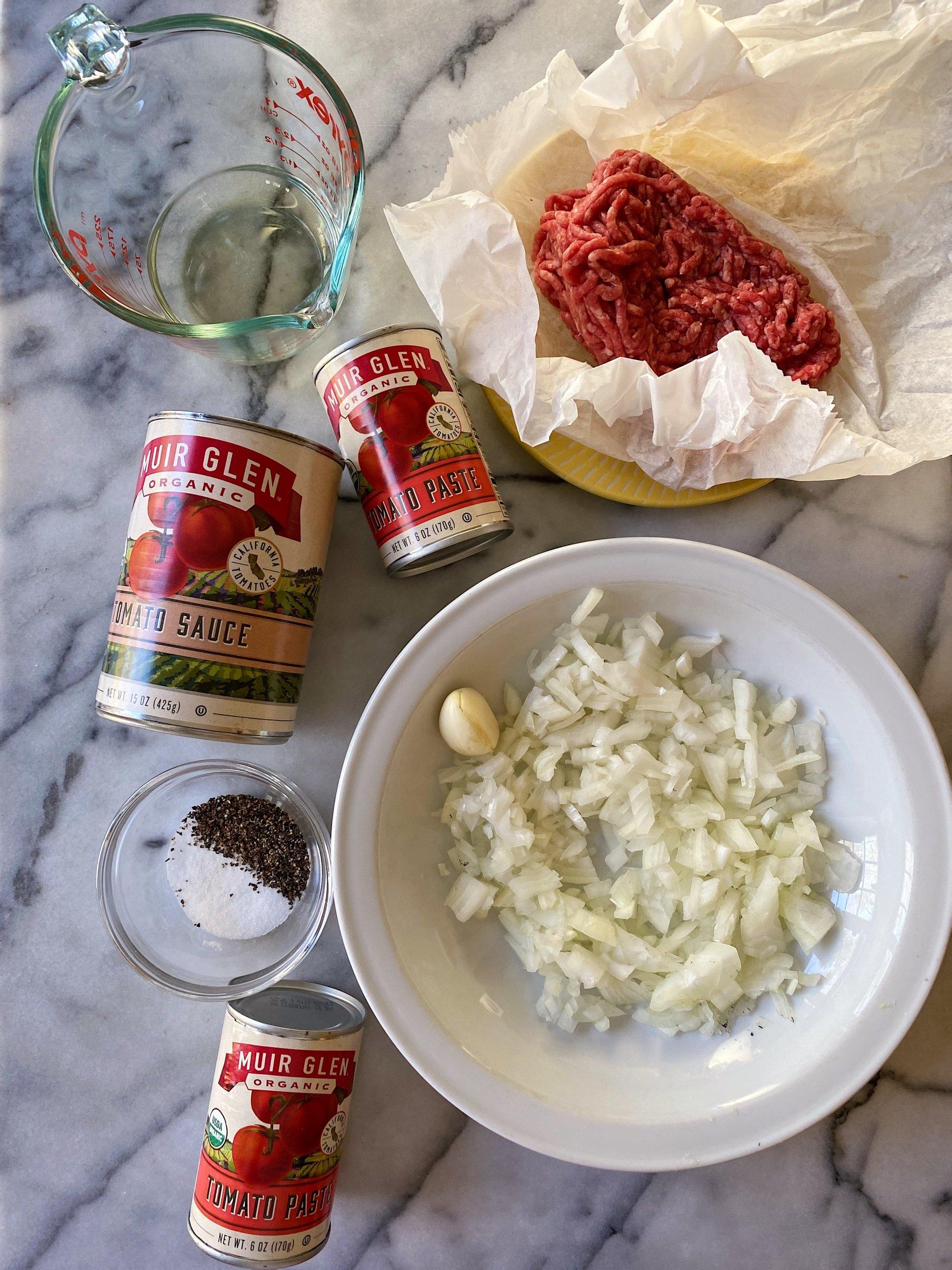 Nonna's Bolognese Sauce gluten free #glutenfreerecipes www.healthygffamily.com