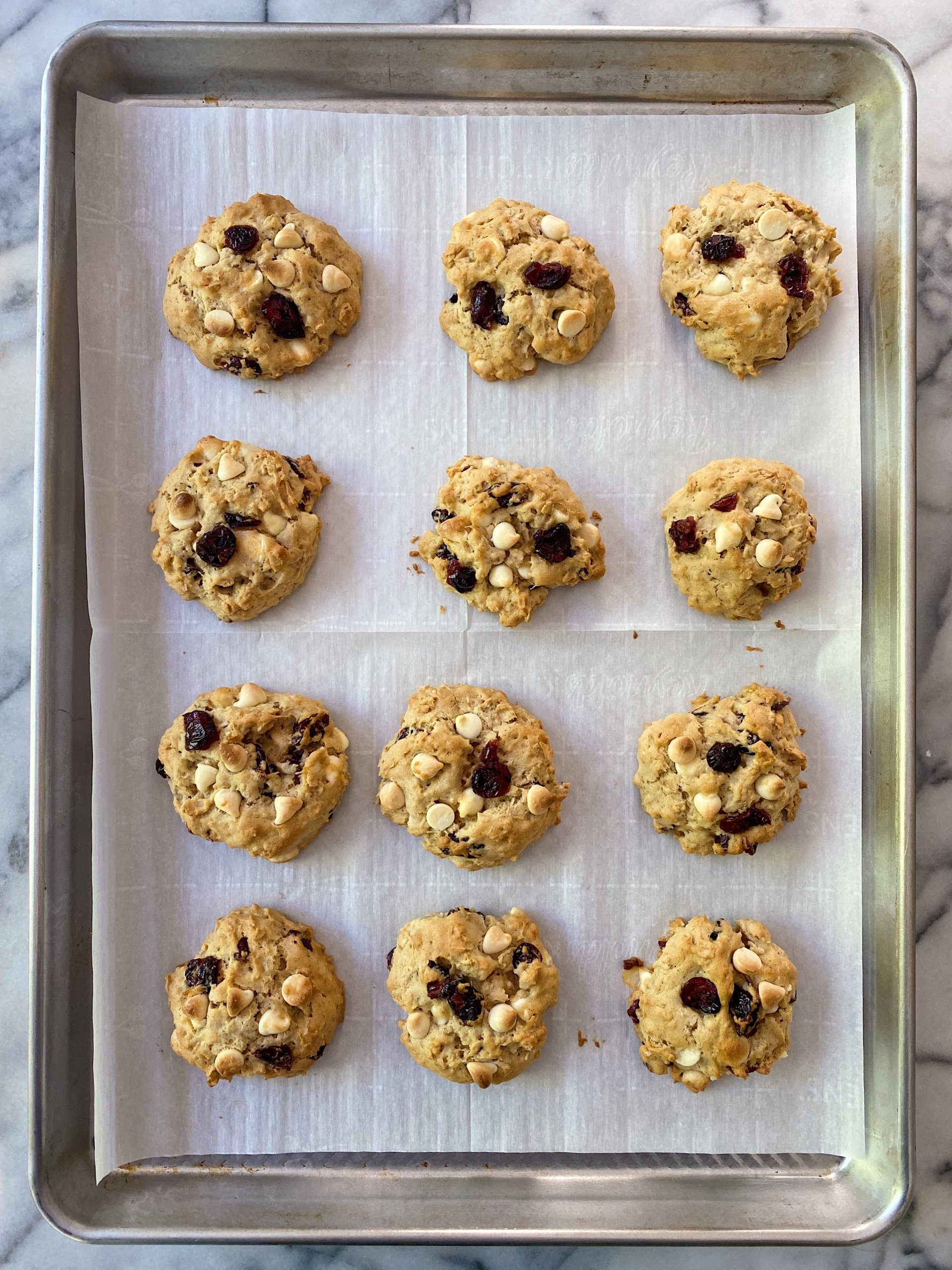 Oatmeal Cookie Cranberries white chocolate chips gluten free #glutenfreerecipes www.healthygffamily.com