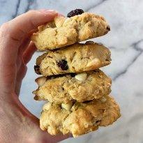 Oatmeal Cookie Cranberries white chocolate chips gluten free #glutenfreerecipes www.healthygffamily.com