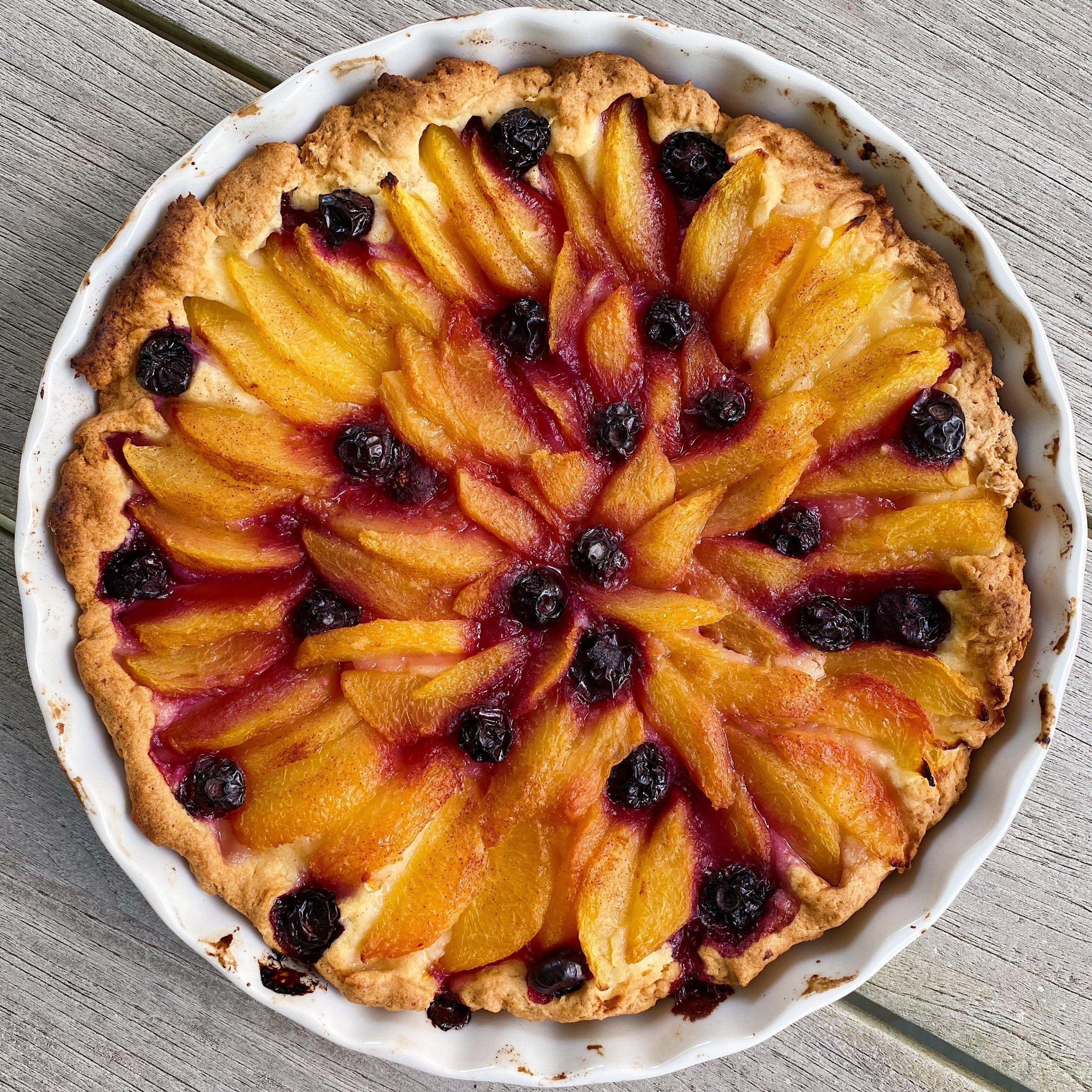 Gluten Free Dutch Peach Cake #glutenfree #glutenfreerecipes www.healthygffamily.com