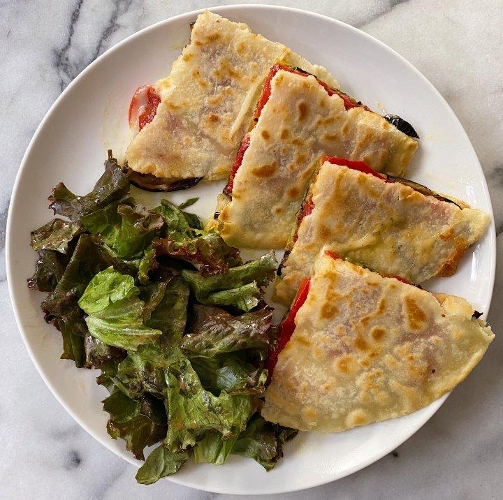 Italian Roasted Veggie Quesadilla gluten free #glutenfreerecipes www.healthygffamily.com