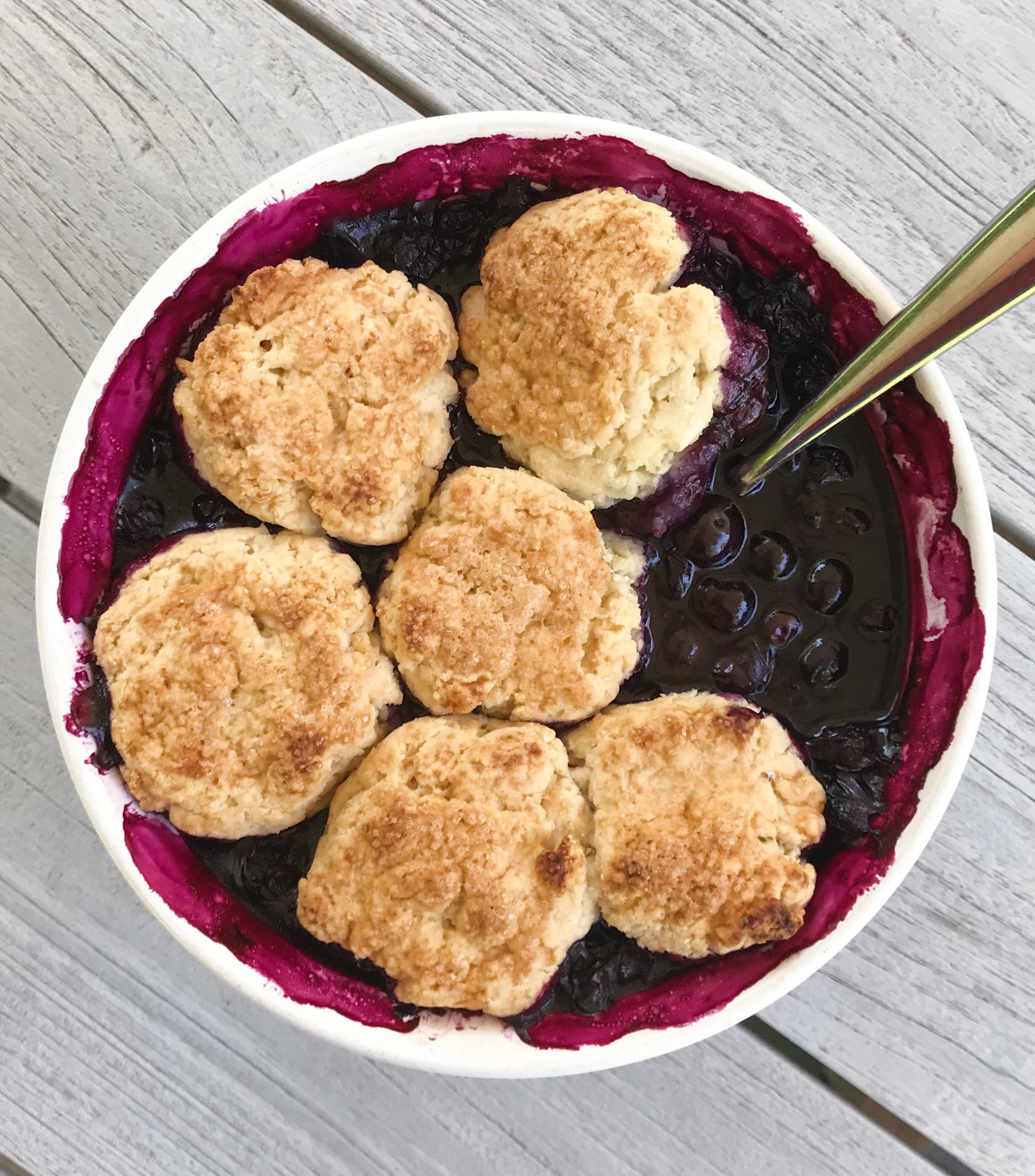 gluten free vegan blueberry cobbler #glutenfreerecipes www.healthygffamily.com