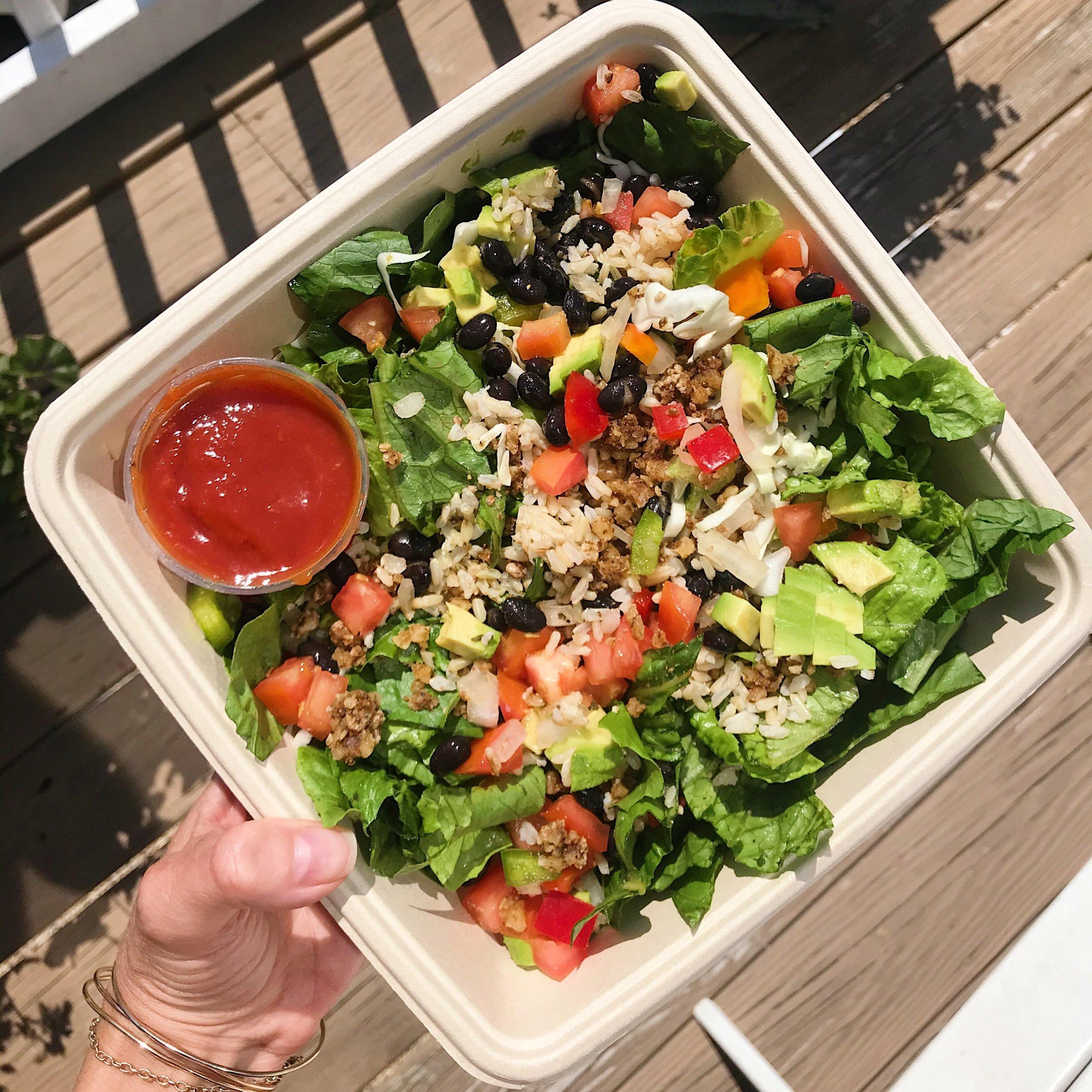 Southwestern Chopped Salad gluten free #glutenfree #glutenfreerecipes www.healthygffamily.com