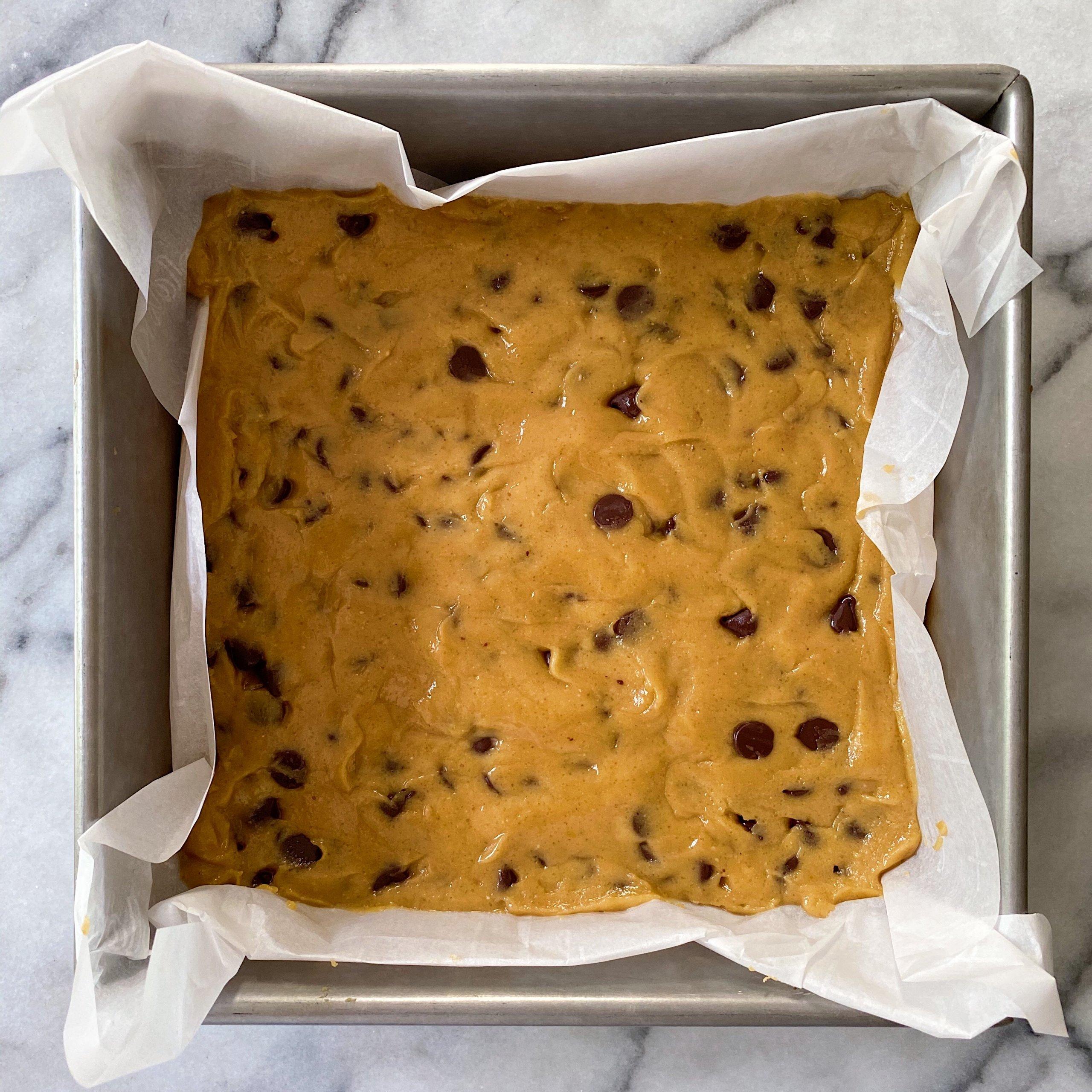 Chocolate Peanut Butter Blondies gluten free #glutenfreerecipes #glutenfree www.healthygffamily.com