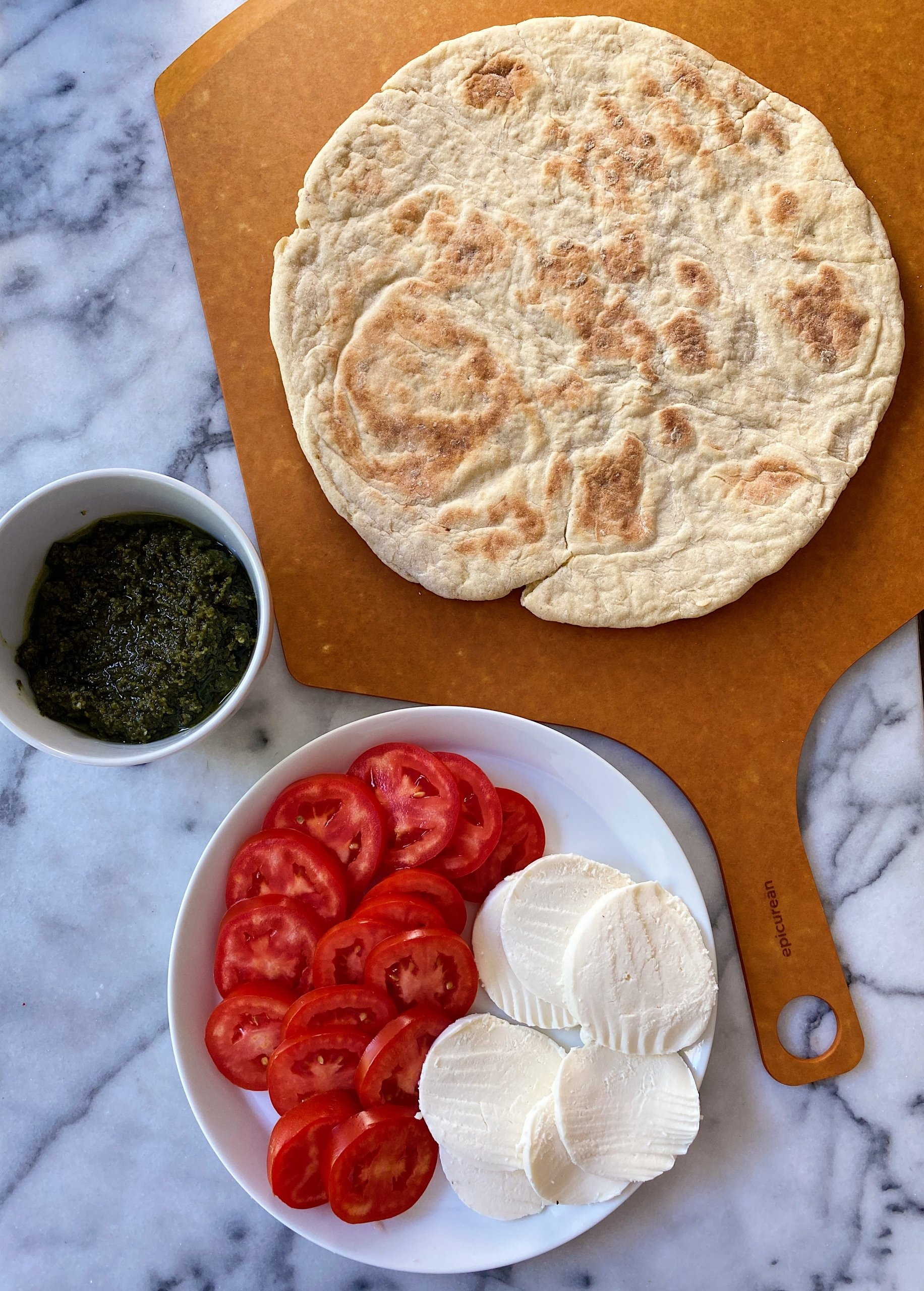 Caprese Pizza with Basil Pesto gluten-free #glutenfreerecipes www.healthygffamily.com