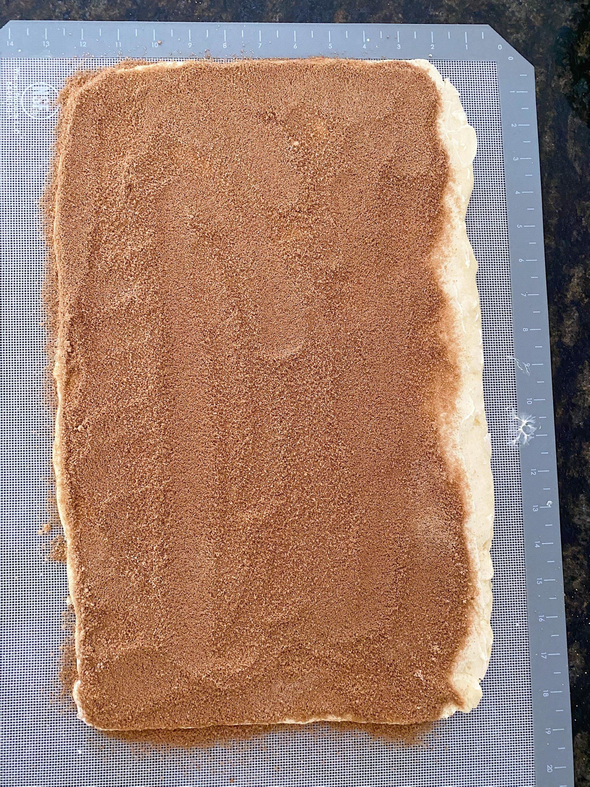 gluten free cinnamon rolls easy recipe #glutenfreerecipes www.healthygffamily.com