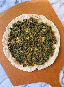 Caprese Pizza with Basil Pesto gluten-free #glutenfreerecipes www.healthygffamily.com