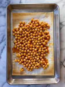 gluten free buffalo cauliflower and chickpea tacos #glutenfree #glutenfreerecipes www.healthygffamily.com