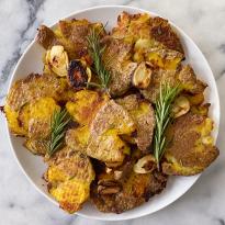 Roasted Smashed Potatoes Rosemary Garlic Easy Recipe #glutenfreerecipes www.healthygffamily.com