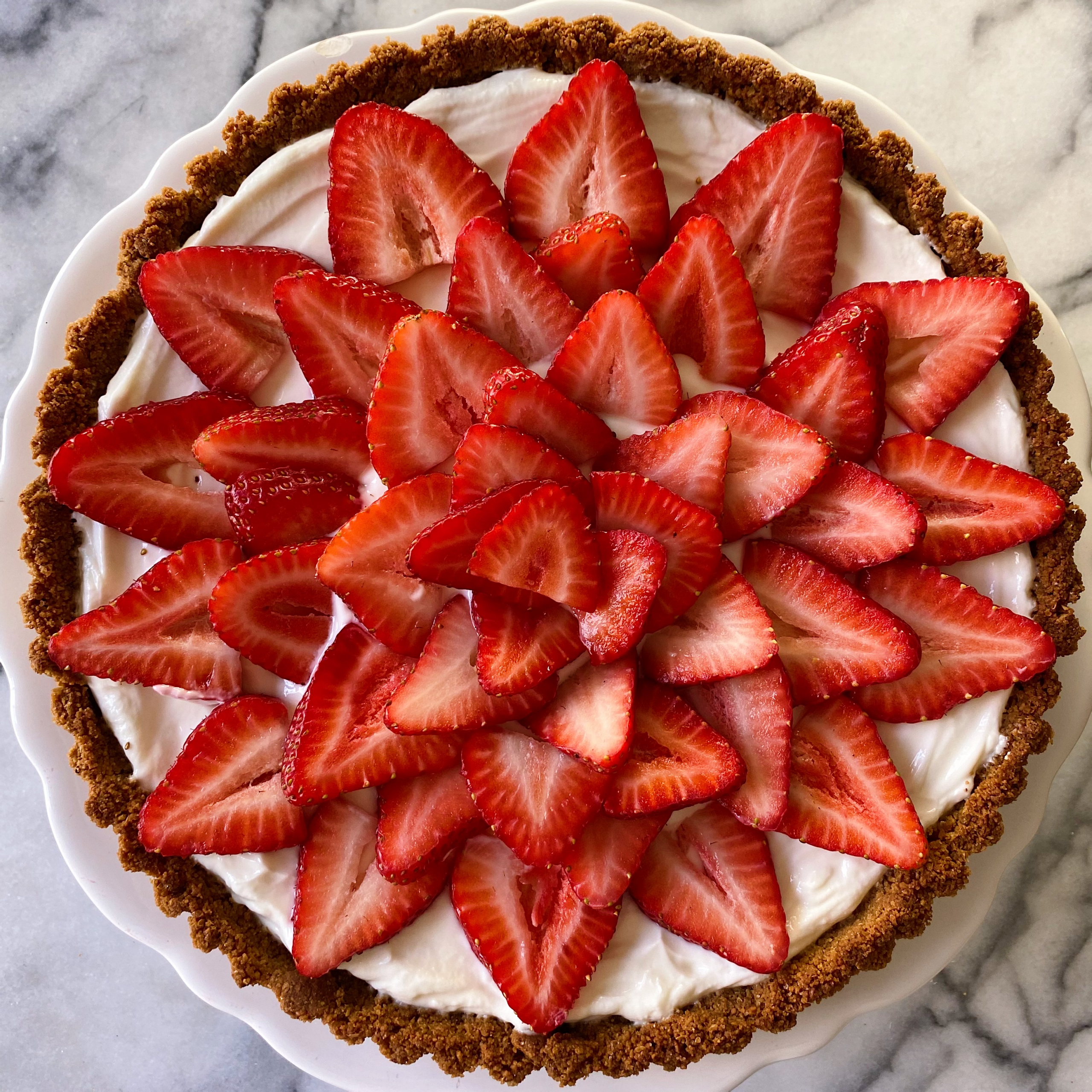 gluten-free Simple Strawberry Tart yogurt filling www.healthygffamily.com