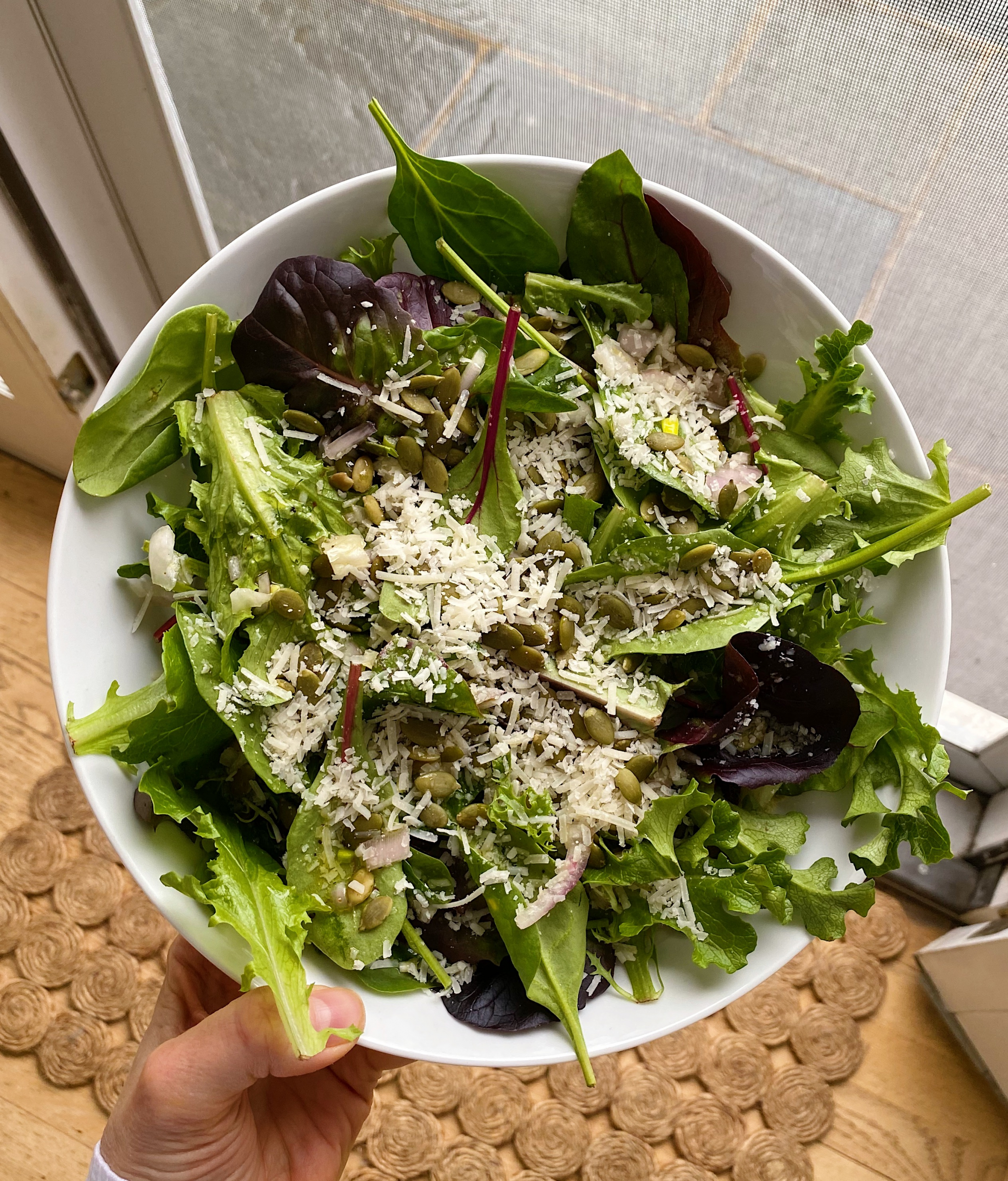 Simple Green Salad Lemon Honey Dressing gluten-free #glutenfreerecipes www.healthygffamily.com