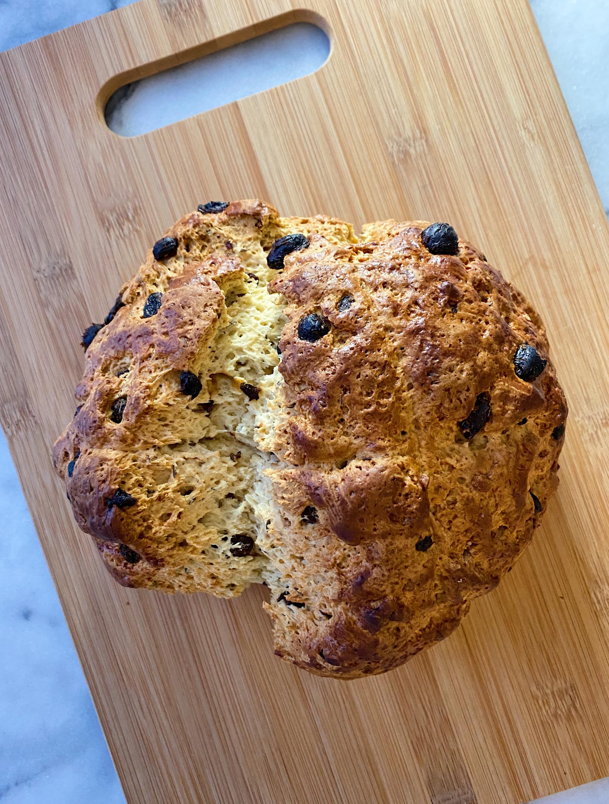 best gluten free irish soda bread easy recipe www.healthygffamily.com